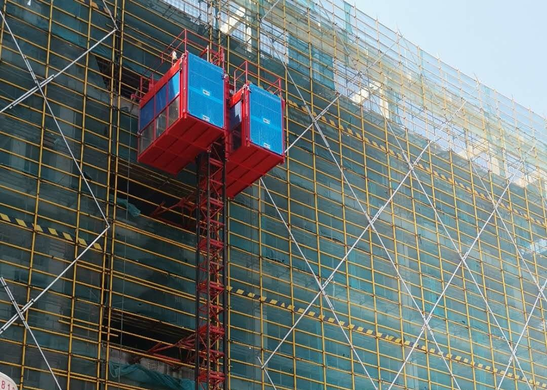 High Operational Reliability Construction Passenger Hoist , Building Construction Lift